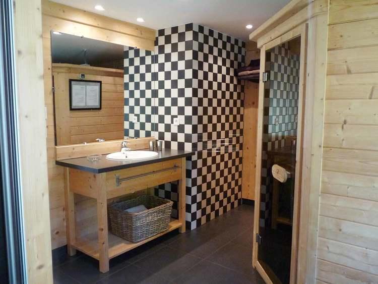 gîte avec chauffage au sol salle de bain vercors