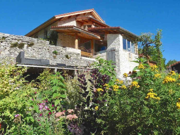 Holiday rental with solarium in Rencurel